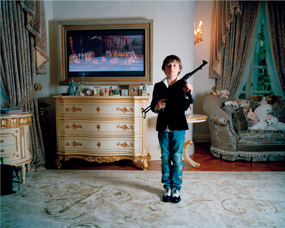 Anna Skladmann, <em>Jacob shooting at ballerinas</em>, Moscow 2009, from the series Little Adults