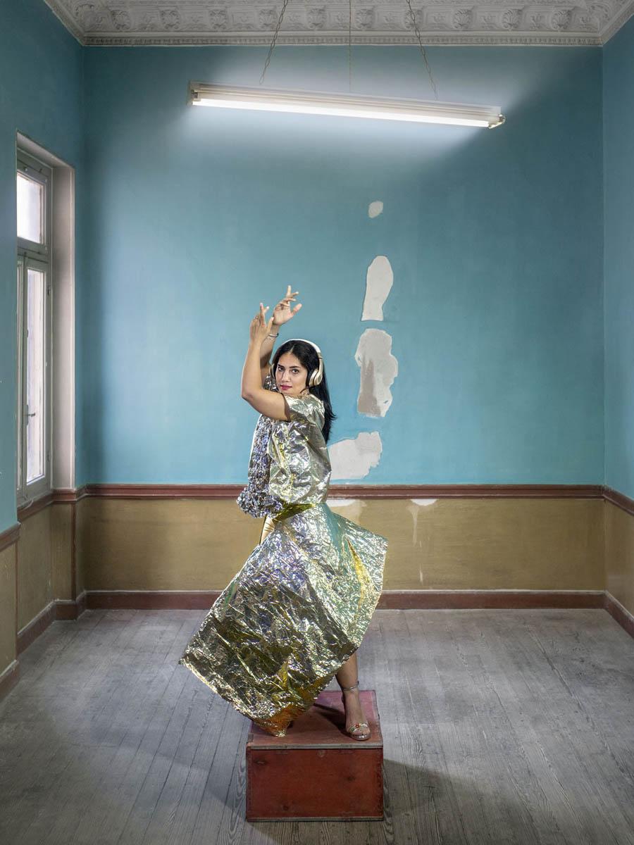 Όλγα Στεφάτου, <em>Mahboubeh, 33, from Iran</em> από τη σειρά <em>Χρυσαλλίς</em>, 2018-2021